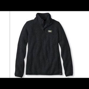 L.L.Bean Sweater Fleece Pullover in black xs
